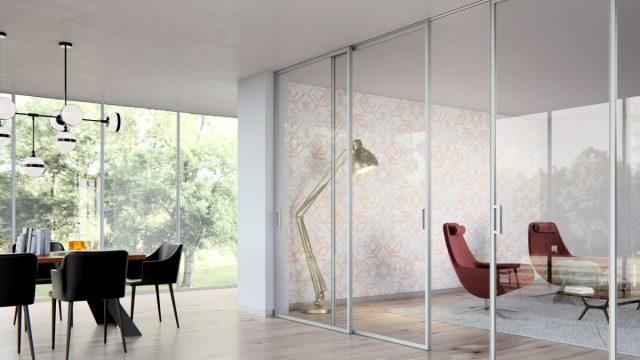 Iluzi přepaženého prostoru vytvoří skleněné příčky