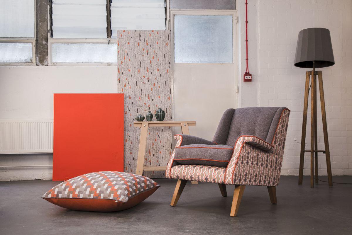 obr.4_frame-cover-lucienne-chair.jpg