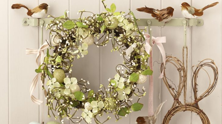 obr.15_1the-contemporary-home_assorted-easter-wreaths-from-al7.00-728x409.jpg
