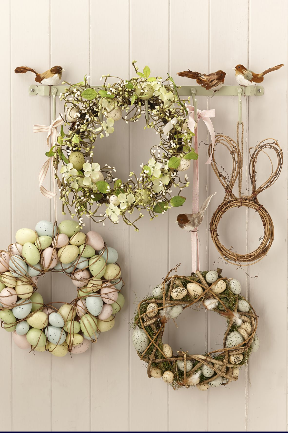 obr.15_1the-contemporary-home_assorted-easter-wreaths-from-al7.00.jpg
