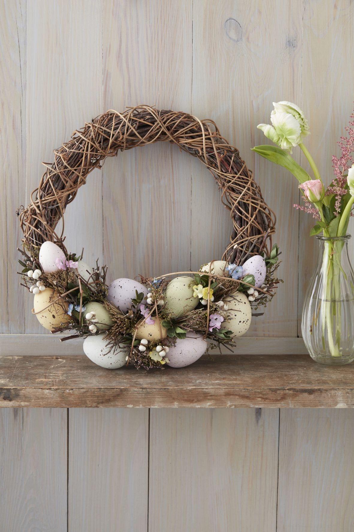 obr.5_the-contemporary-home_twig-wreath-with-birds-nest-swag-al21.00.jpg