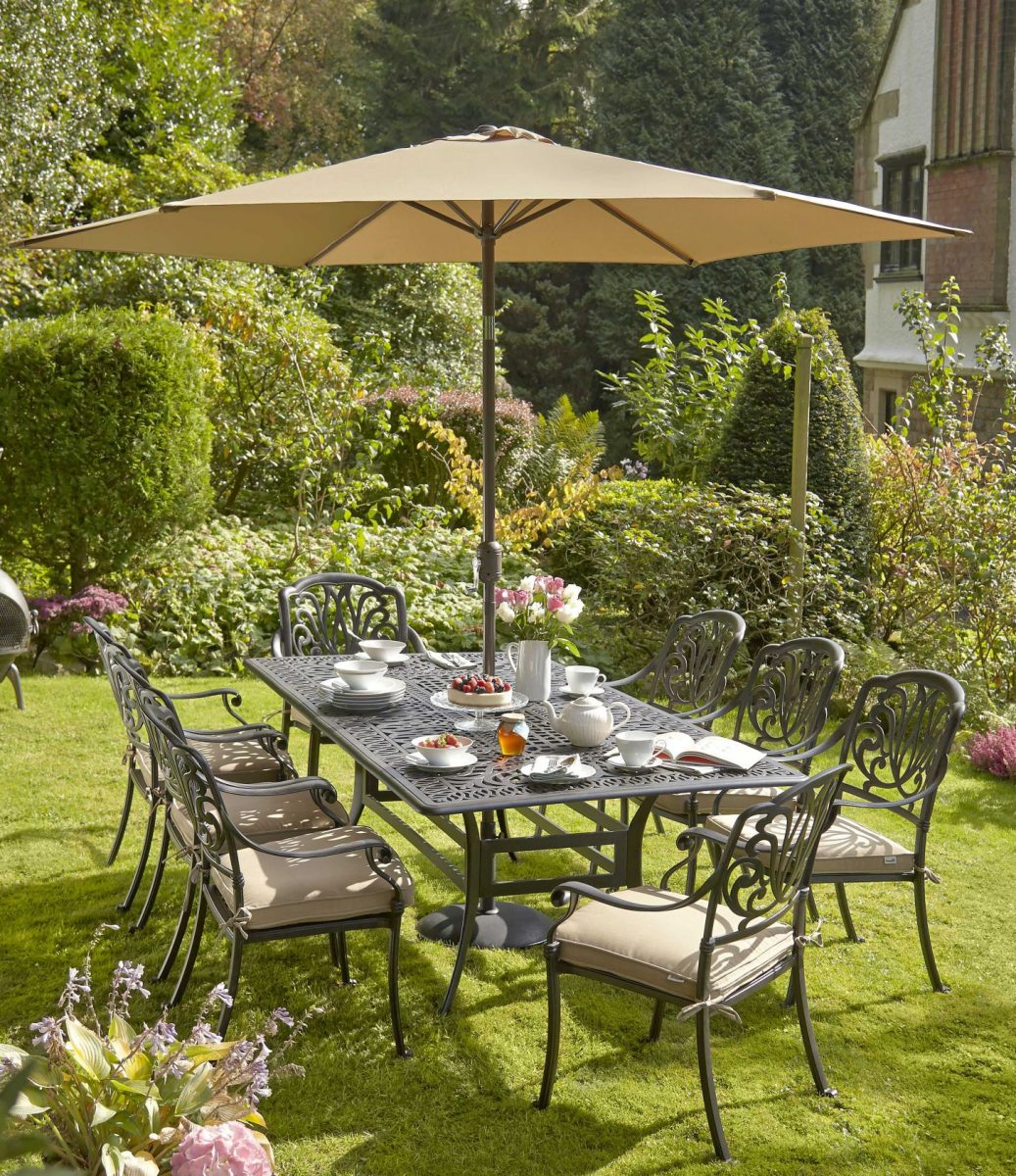 obr.14_wyevale_mortimer-8-seater-dining-set-with-cushions-and-parasol-1200x1200.jpg