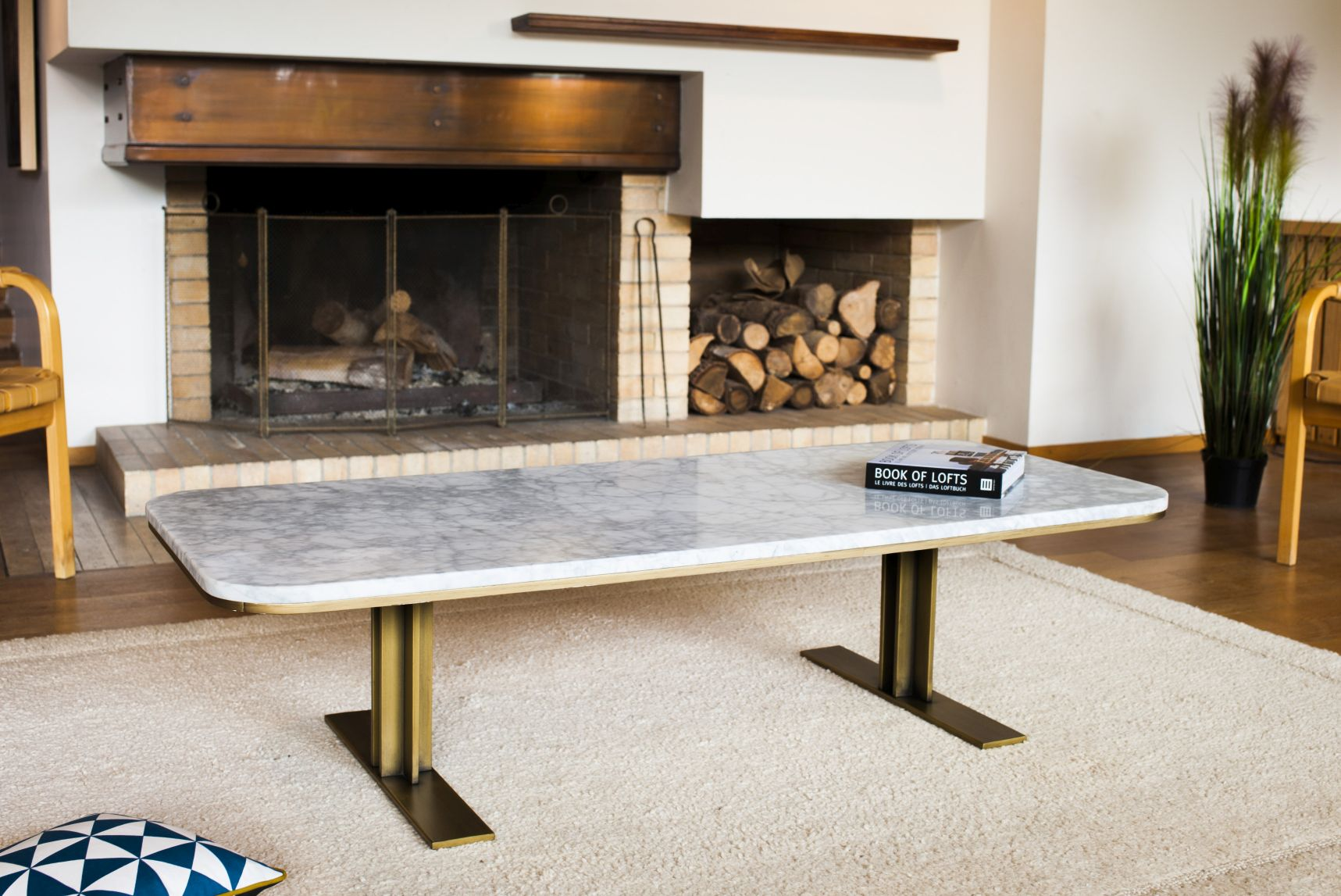 obr.2_pib_carrera-marble-and-brass-coffee-table.jpg