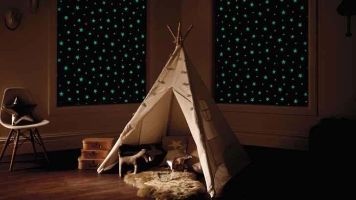 obr.8_english-blinds_kids-bedroom-blinds-that-glow-in-the-dark-728x409.jpg