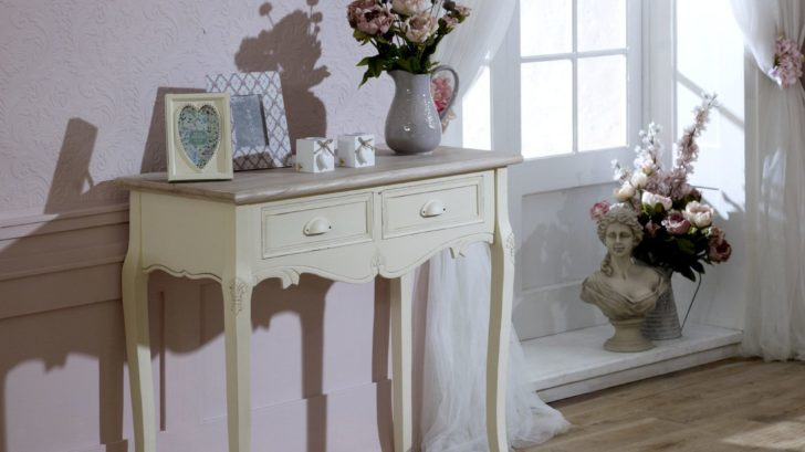 11flora-furnitureconsole-table-728x409.jpg