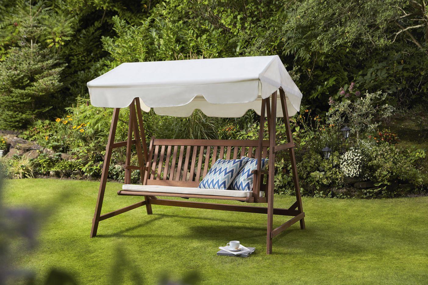 1wyevale-garden-centres_cambridge-swing-bench.jpg