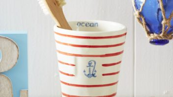 20live-laugh-love-ltd_red-stripe-anchor-tumbler-352x198.jpg