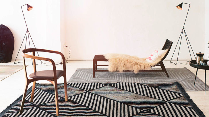10therugseller.co_.uk_irregular-fields-rugs-0008-01-by-carpets-co-in-black-and-white-728x409.jpg