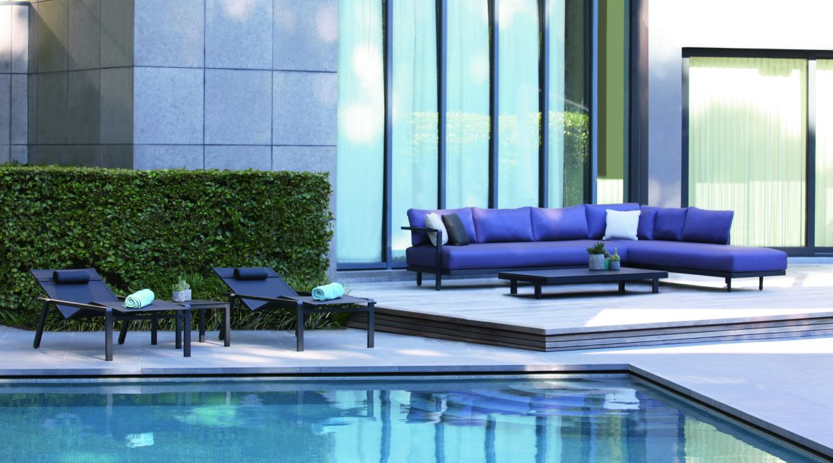 12india-ocean_alura-outdoor-sofa.jpg