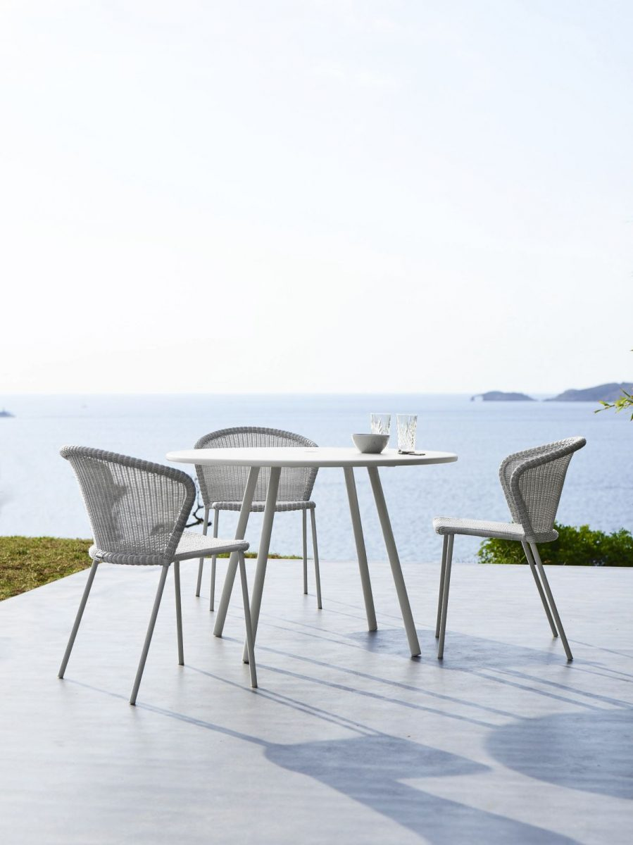 14_canelinelean_chair_area_table_white_f7-1200x1200.jpg