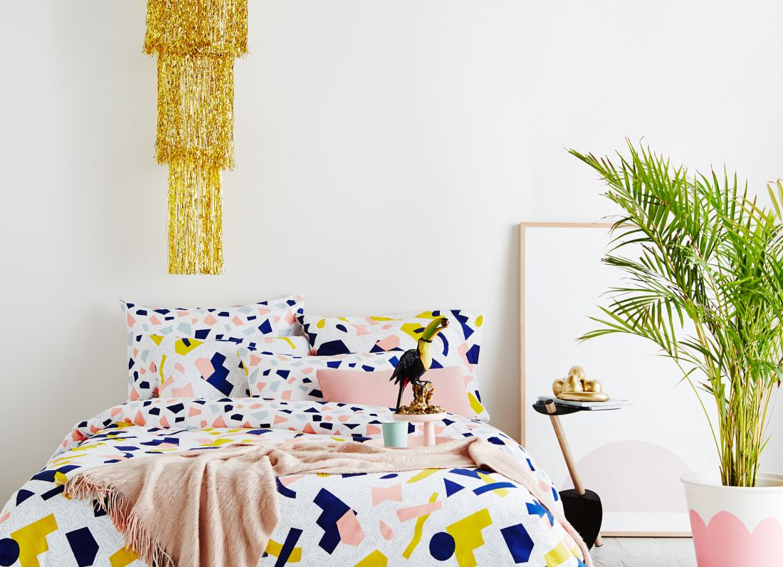 16indie-art-design_tutti-frutti-reversible-queen-quilt-cover-lifestyle-2.jpg