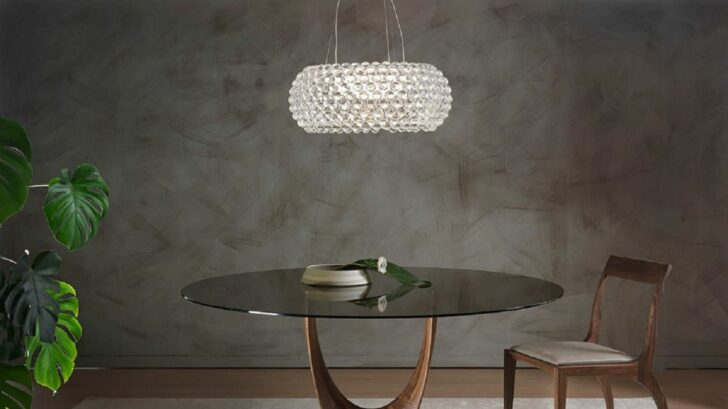 13lagoon_pacini-e-cappellini-axis-round-dining-table-with-glass-top-728x409.jpg