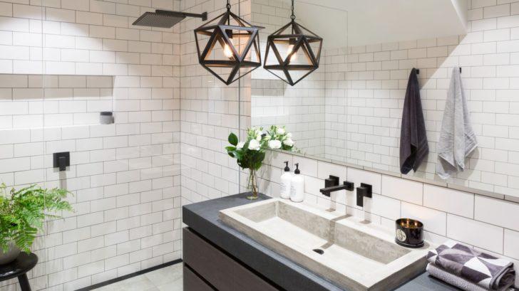 1meir-australia-pty-ltd_square-matte-black-wall-spout-by-meir-australia-728x409.jpg