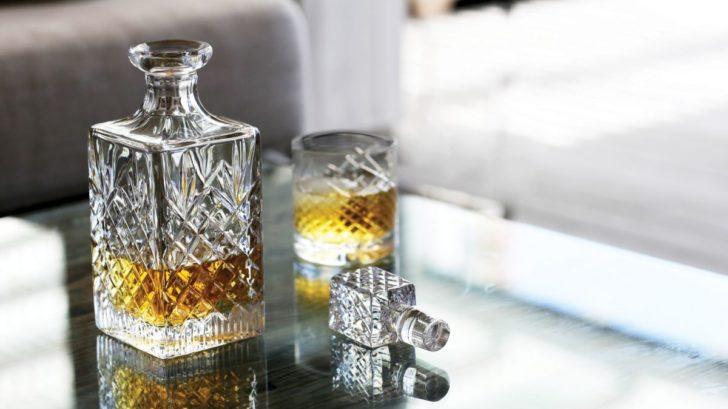 7fiolini_kritallkaraffe-whisky-jfk-newport-image-728x409.jpg