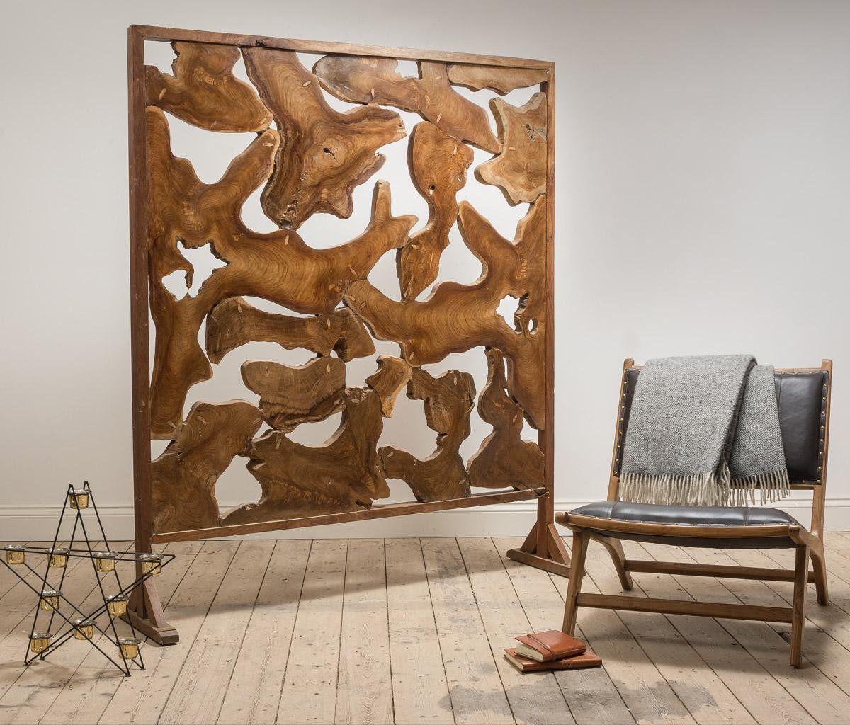 12puji_teak-carved-room-divider.jpg