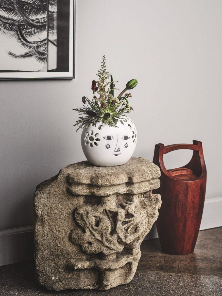 6black-by-design-ltd_rosendahl-bjorn-wiinblad-flower-vase-13.5cm-1200x1200.jpg