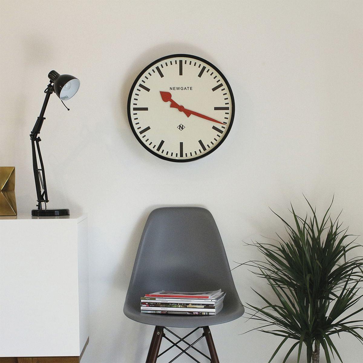 9black-by-design-ltd_newgate-putney-wall-clock-black-1200x1200.jpg