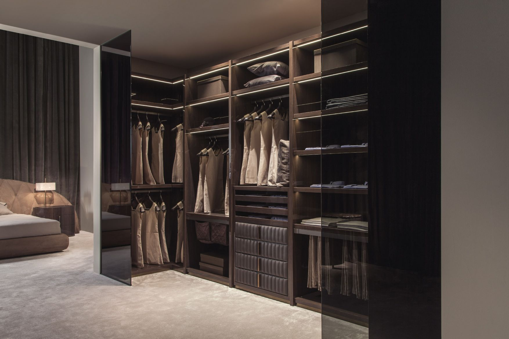 1touched-interiors5touched-d-gloss-canaletto-walnut-amp-leather-walk-in-closet.jpg