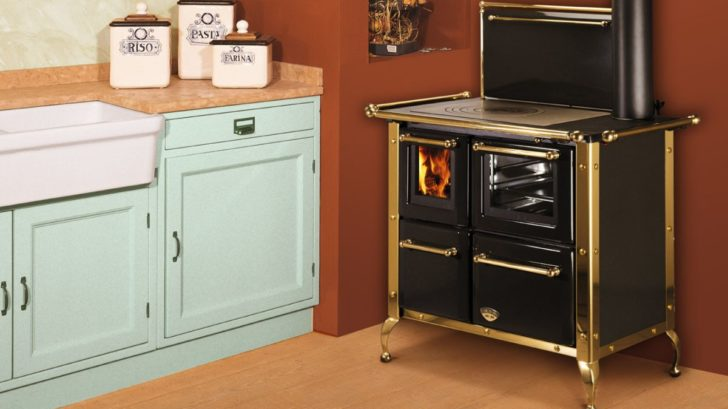 4ludlow-stoves-ltd_america-148v-black-728x409.jpg