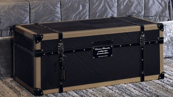 1touched-interiors_traveler-black-leather-chest-table-728x409.jpg