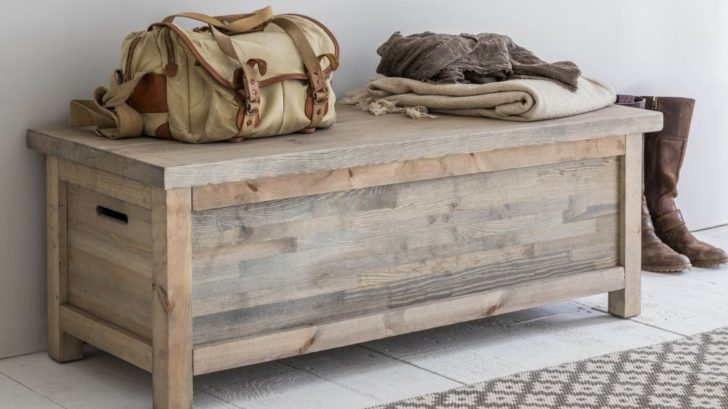 8garden-trading-aldsworth-hallway-bench-box-spruce-728x409.jpg