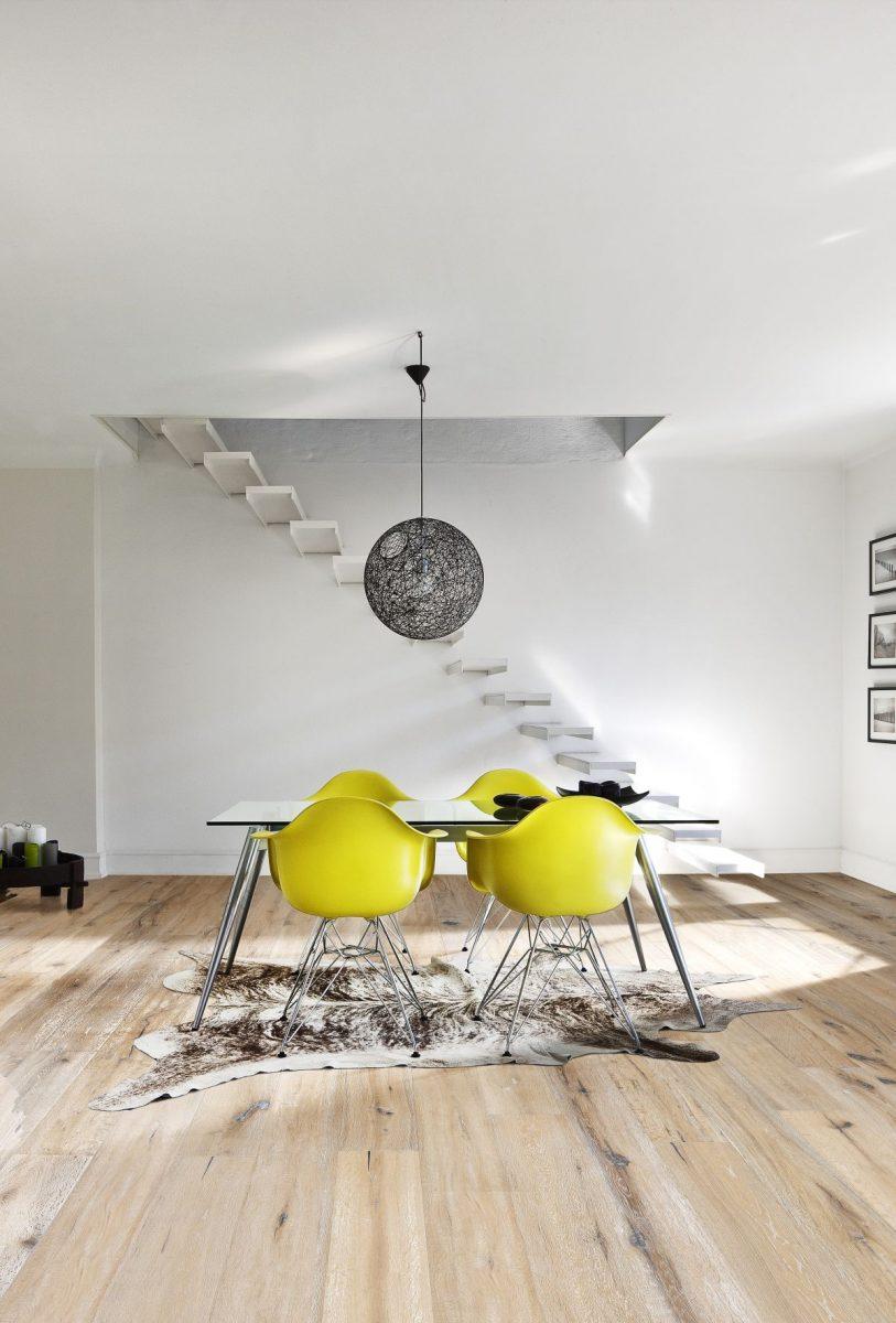 olejovana-drevena-podlaha-kaehrs_kolekce-artisan_dekor-dub-oyster_kpp.cz_-1200x1200.jpg