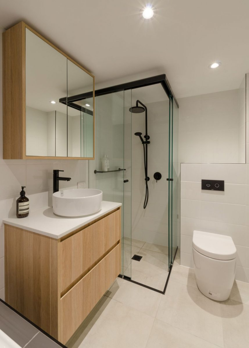 round-2-in-1-matte-black-shower-rail-set-by-meir_meir-australia-pty-ltd-1200x1200.jpg