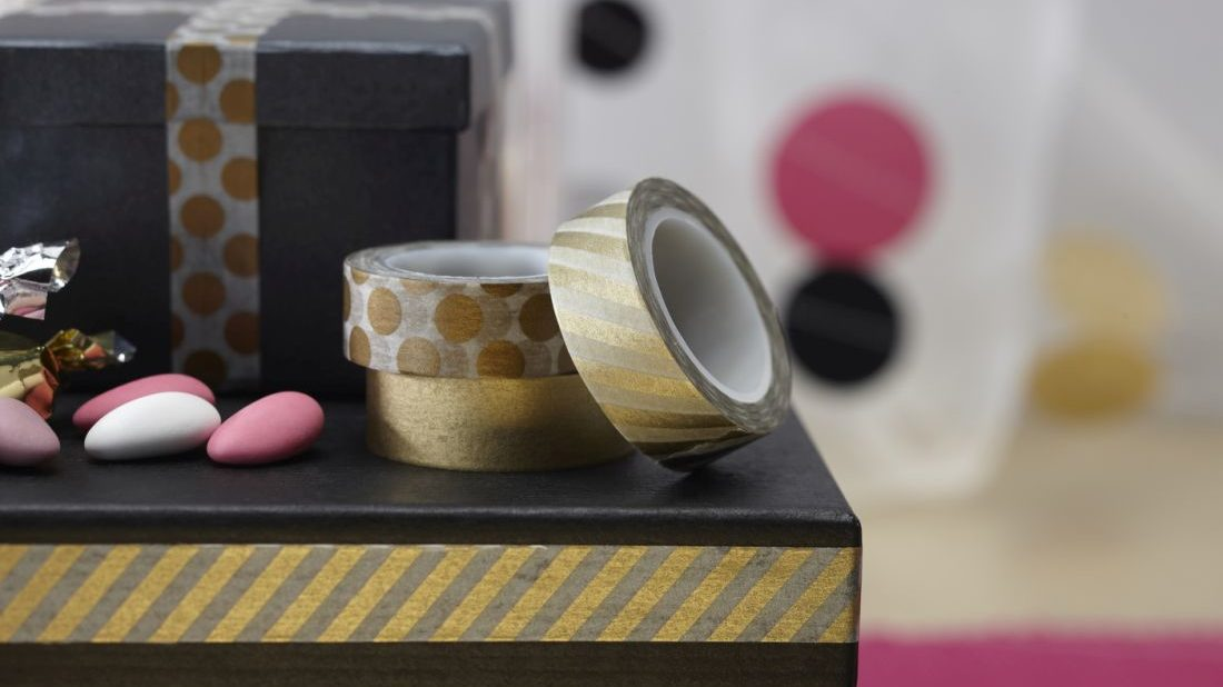 11ginger-ray_confetti-party-metallic-gold-washi-tape-1100x618.jpg