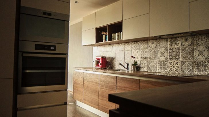 2-misto-proklata-kuchyne-728x409.jpg