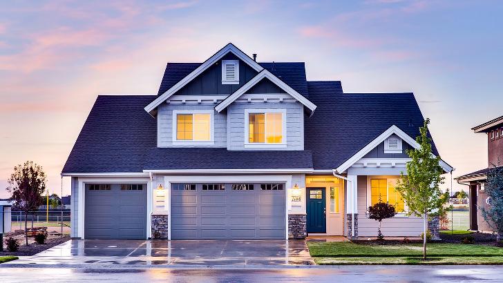8 tipů, jak ochránit dům před zloději, když odjíždíte na dovolenou