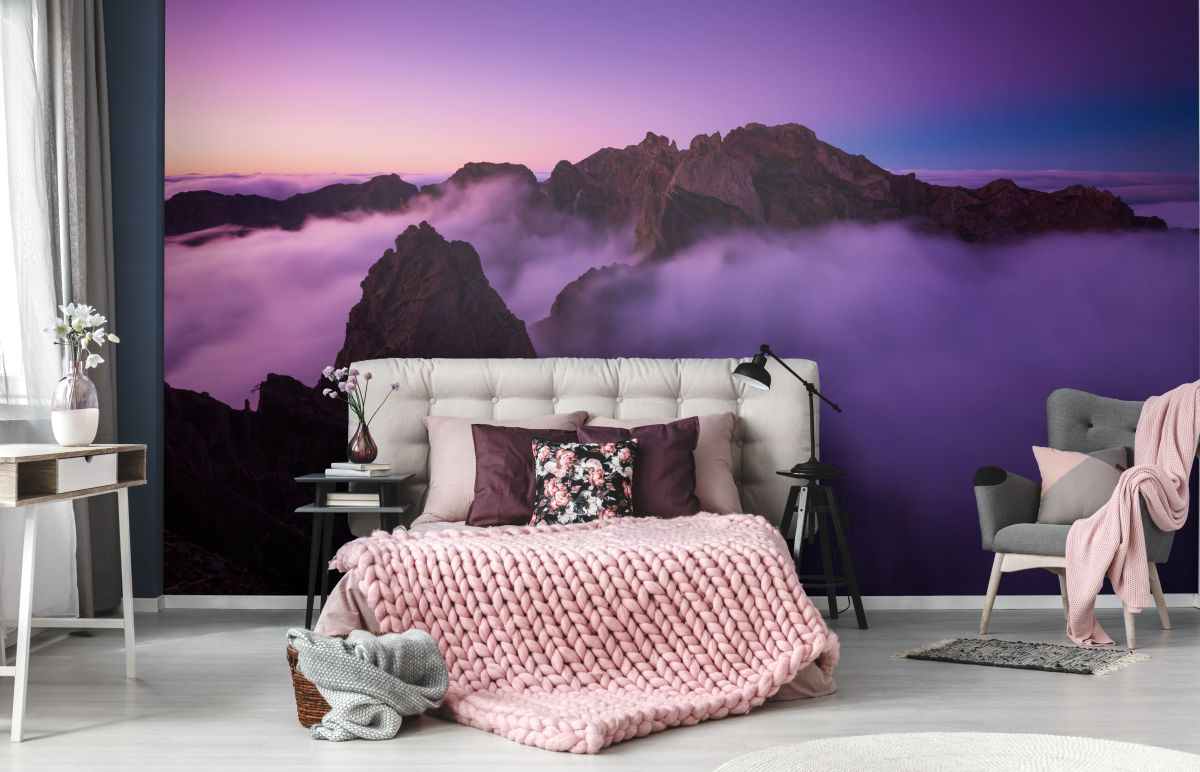 1pixers_mountains-at-the-dusk-_-pantone-2018-by-pixers.jpg
