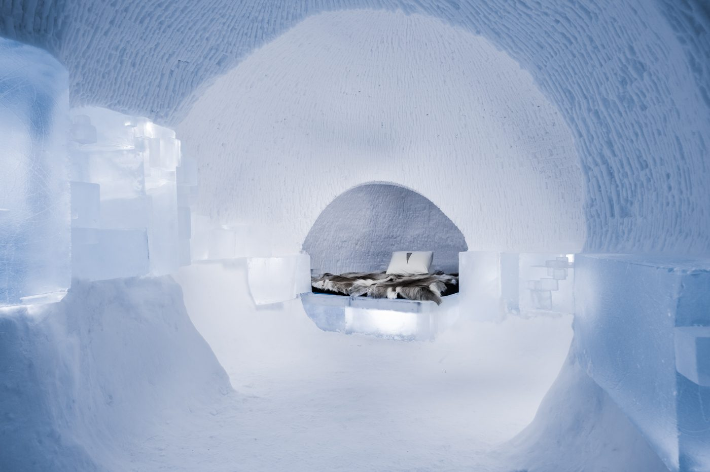 art-suite-a-rich-seam-icehotel-28-1400x932.jpg