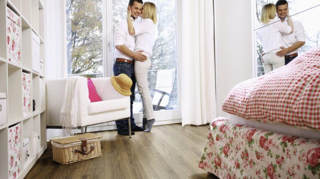 ekologicka-elasticka-podlaha-wineo-purline_kolekce-wood_dekor-dacota-oak_kpp.cz_-1100x618.jpg