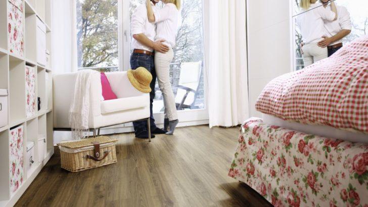 ekologicka-elasticka-podlaha-wineo-purline_kolekce-wood_dekor-dacota-oak_kpp.cz_-728x409.jpg