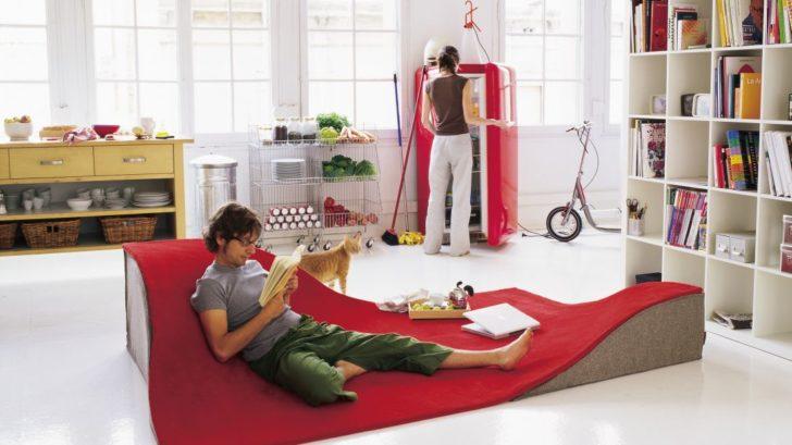 10go-modern-furniture_nani-marquina-flying-carpet-rug-728x409.jpg