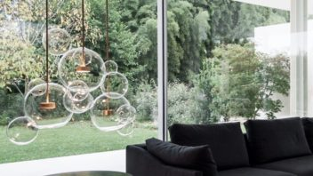 33suspennedgis-sion-bolle-4-sphĂres-transparent-or-led-Ă48cm-h78cm-giopato-amp-coombes-352x198.jpg