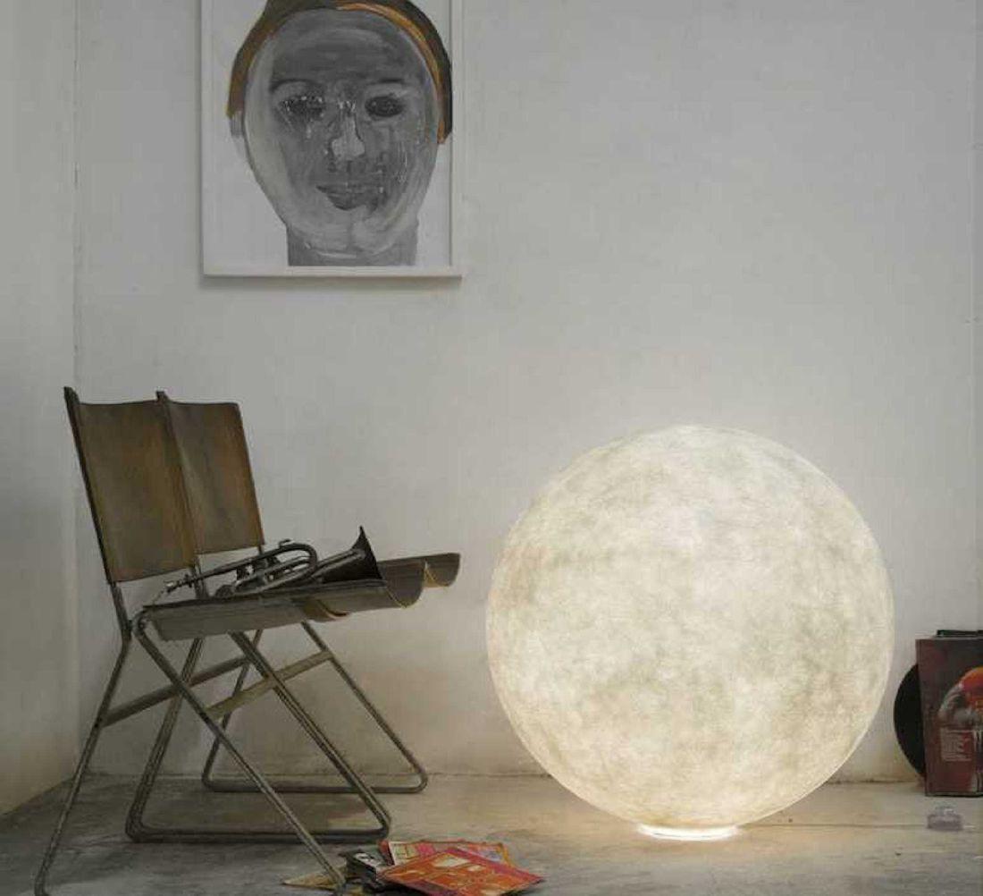 5nedgis_lampe-Ă-poser-au-sol-floor-moon-3-blanc-Ă120cm-in-es.artdesign.jpg