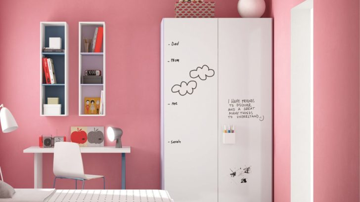 02go-modern-furniture_nidi-graphic-children039s-wardrobe-with-rewritable-surface-728x409.jpg