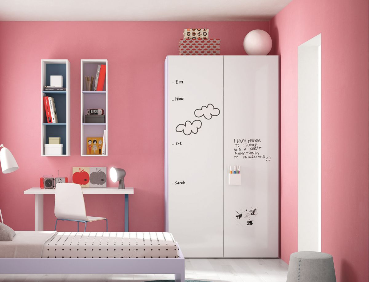 02go-modern-furniture_nidi-graphic-children039s-wardrobe-with-rewritable-surface.jpg