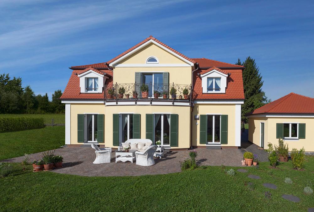 1die-smarte-klassische-landhausvilla_lieser.jpg