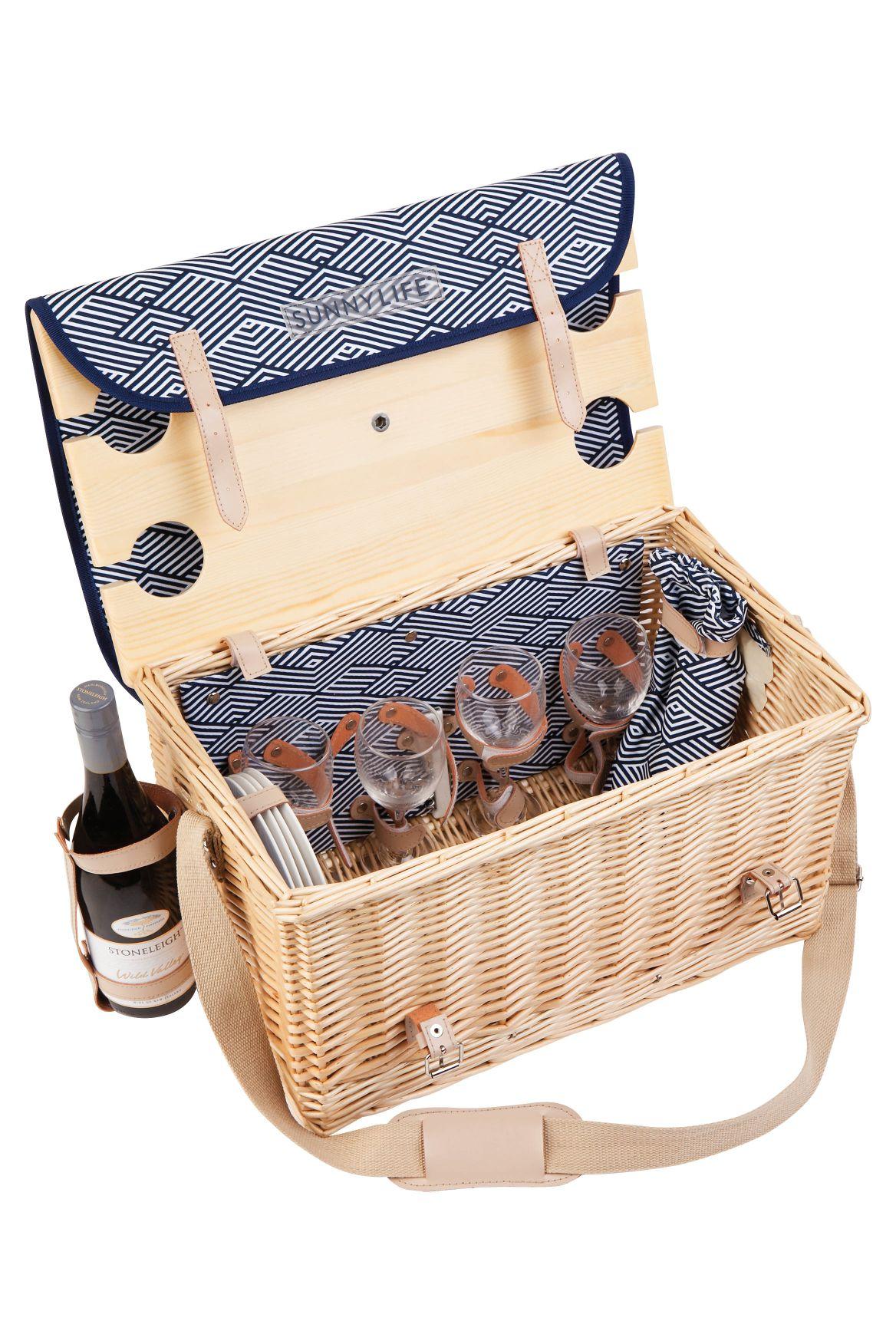 21gyrofish_sunnylife-deluxe-picnic-basket-andaman.jpg