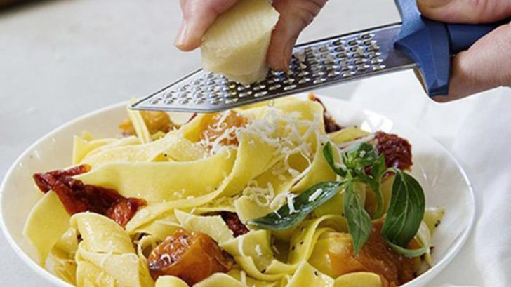 9yellow-octopus_gratiator-sword-cheese-grater-728x409.jpg