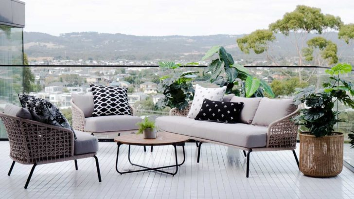 13satara-australia_majorca-outdoor-sofa-728x409.jpg