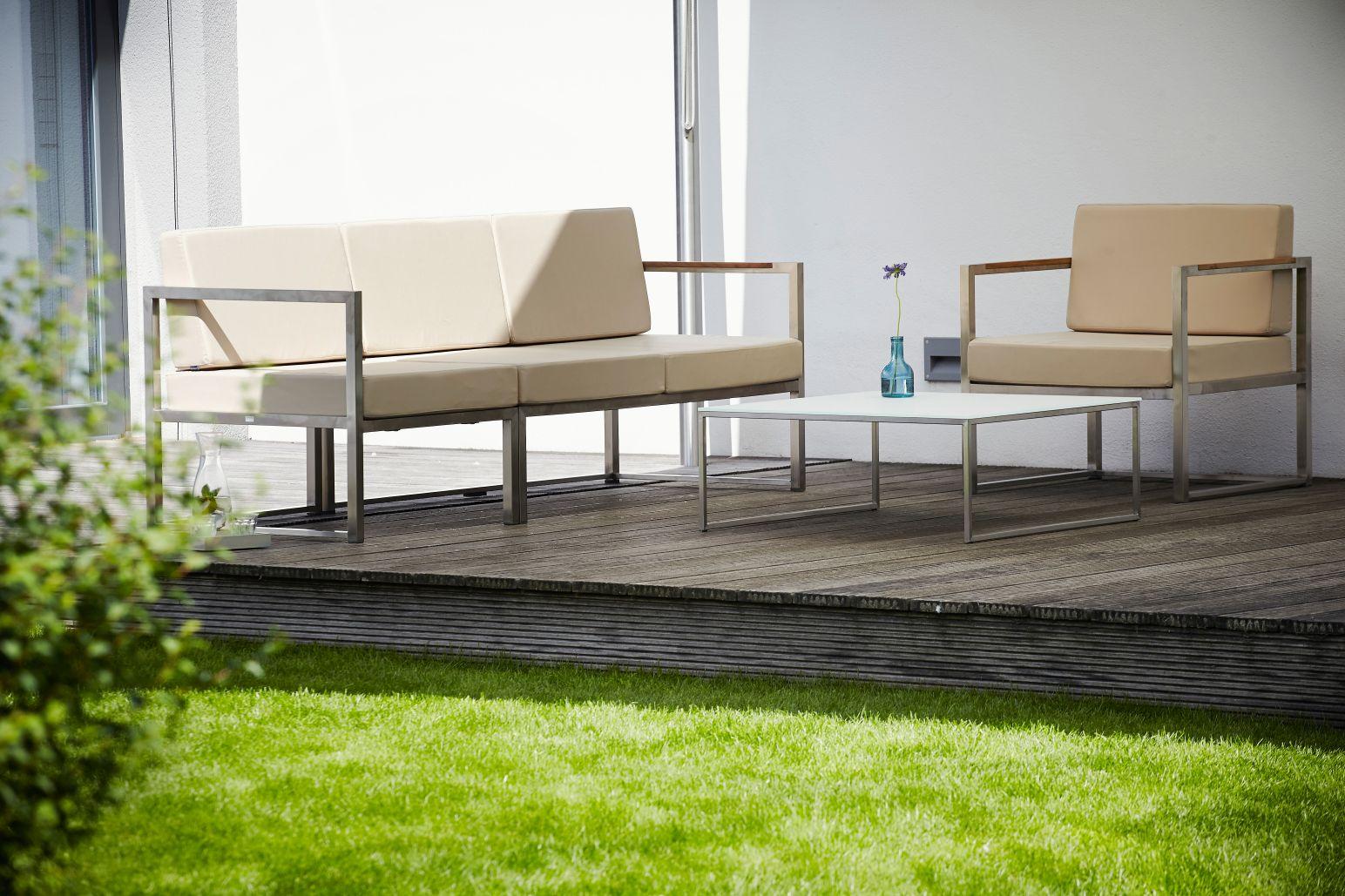 17ksl-living-canape-de-jardin-design-et-modulaire-blanc-noir-ou-beige-lux-lounge-par-jankurtz-2.jpg