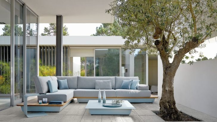 1go-modern-furniture_manutti-air-collection-outdoor-furniture-728x409.jpg