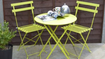 3sue-ryder_3-piece-fold-away-metal-bistro-set-lime-green-352x198.jpg