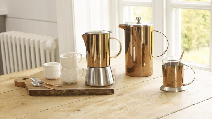 10creative-tops_la-cafetiere-copper-stovetop-cafetiere-and-cups-728x409.jpg