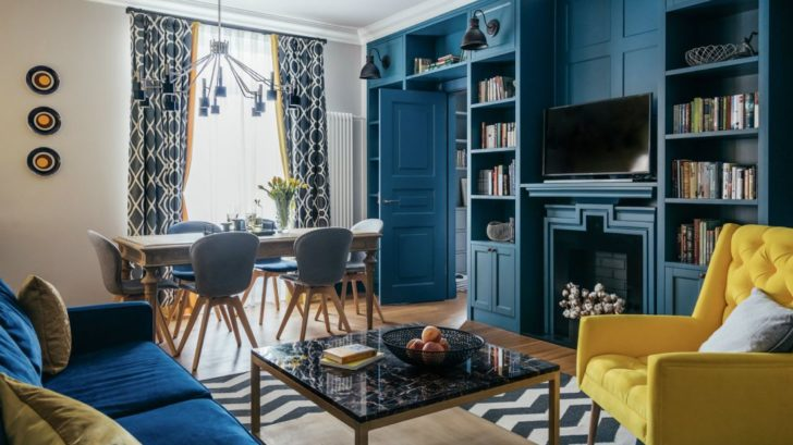 3delightfull_blue-and-yellow-project-with-midcentury-lamps-728x409.jpg