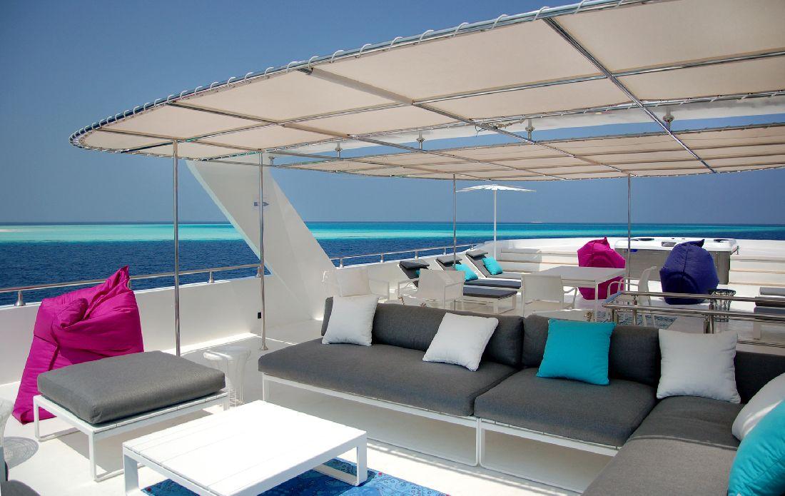 12azalea-cruise-maldive-1.jpg