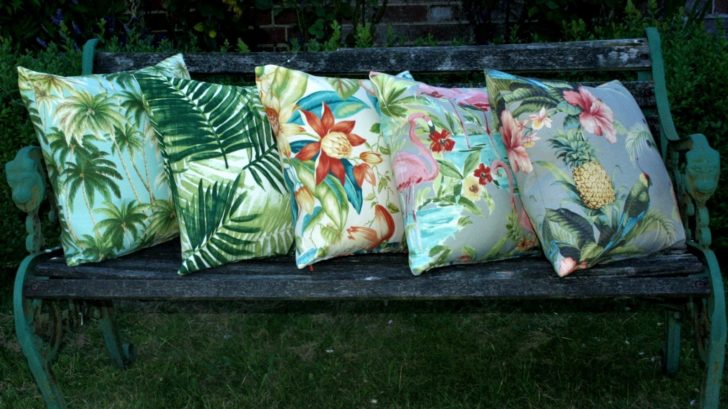 15ragged-rose-ltd_showerproof-garden-cushions-728x409.jpg